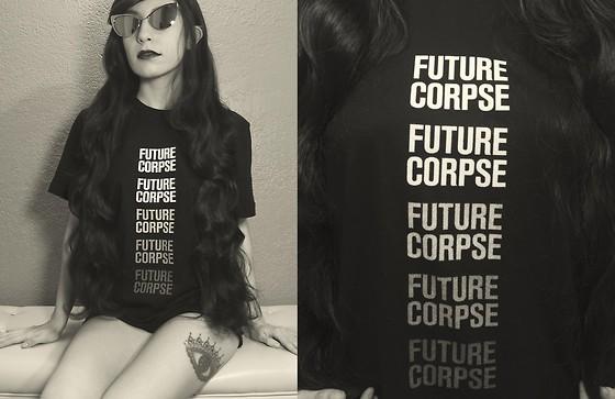 4311407_future-corpse